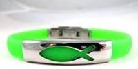 Braccialetto in silicone verde con placca metallica